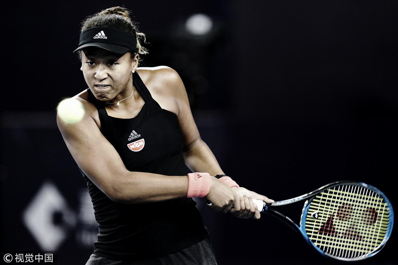 Osaka atropela Collins no WTA Premier de Pequim