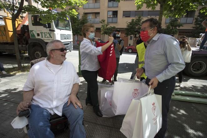 Osasuna y VDR comienzan el reparto de alimentos en el comedor social París365