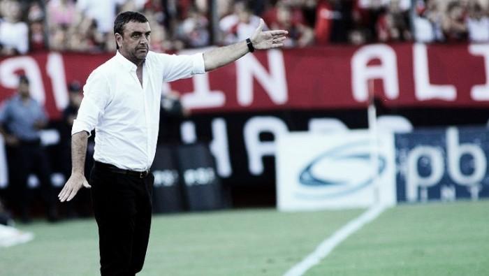 """Diego Osella: """"De local lo debíamos buscar"""""""