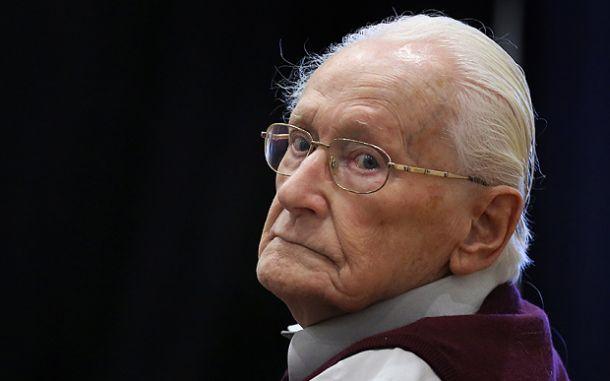 El 'contable de Auschwitz' admite su culpa por su participación en el Holocausto
