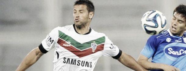 """Sebastián Domínguez: """"Un equipo como Vélez debe mostrar otra cara"""""""