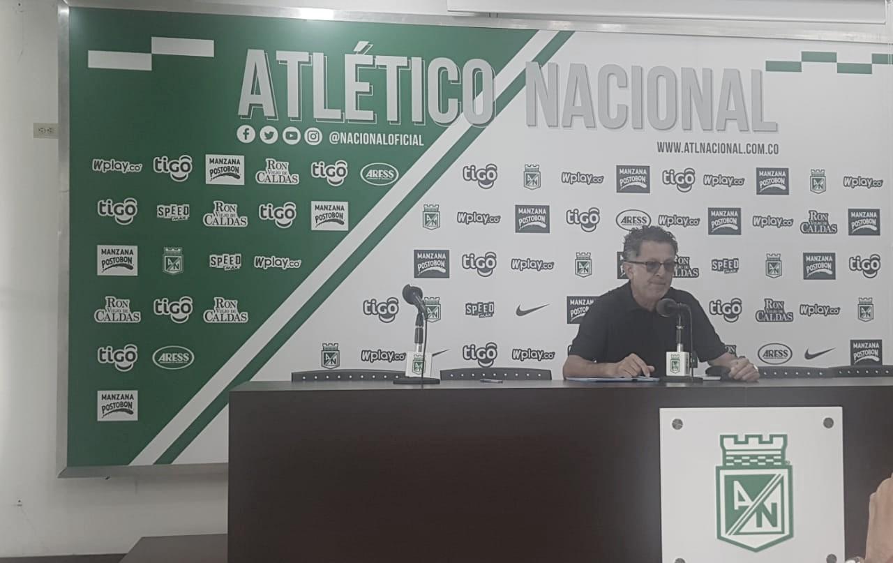 """Juan Carlos Osorio: """"Nosotros insistimos siempre en la metodología de entrenar escenarios reales de juego"""""""