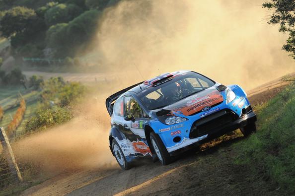 Hirvonen sigue al frente en el Rally de Cerdeña