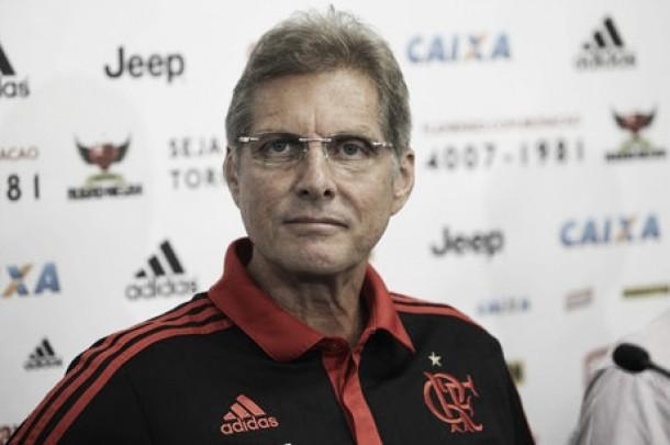 Oswaldo de Oliveira comemora retorno de Éderson e mira vaga no G-4 do Brasileirão