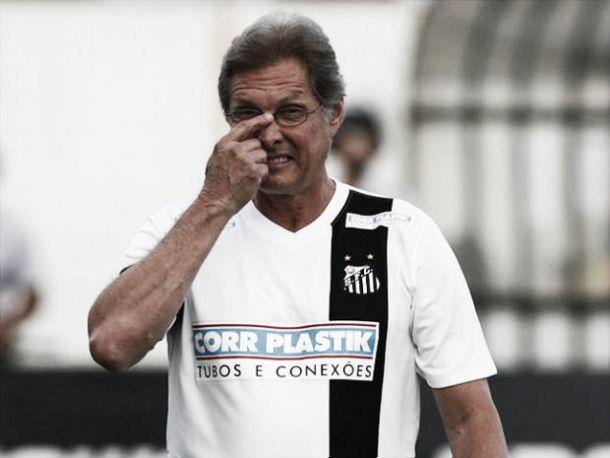 Pertos da crise, Santos e Flamengo se enfrentam no Morumbi