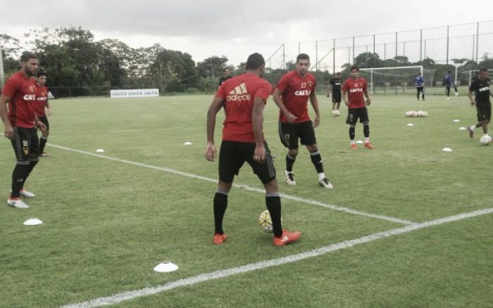 Com Diego Souza incerto, Oswaldo faz mistério e não define Sport para clássico decisivo