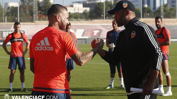 Otamendi vuelve a entrenar en Paterna