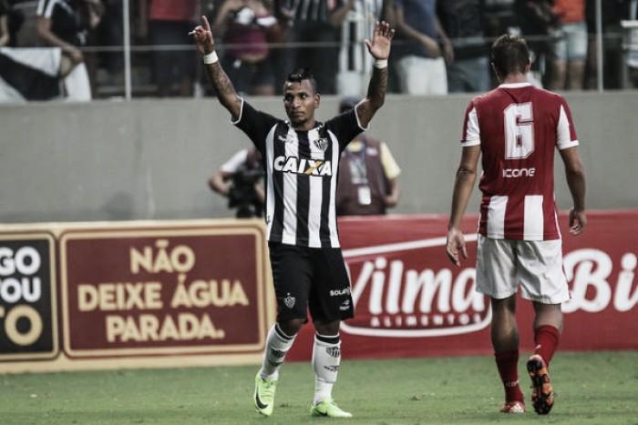 De virada, Atlético vence Villa Nova e amplia invencibilidade no Mineiro