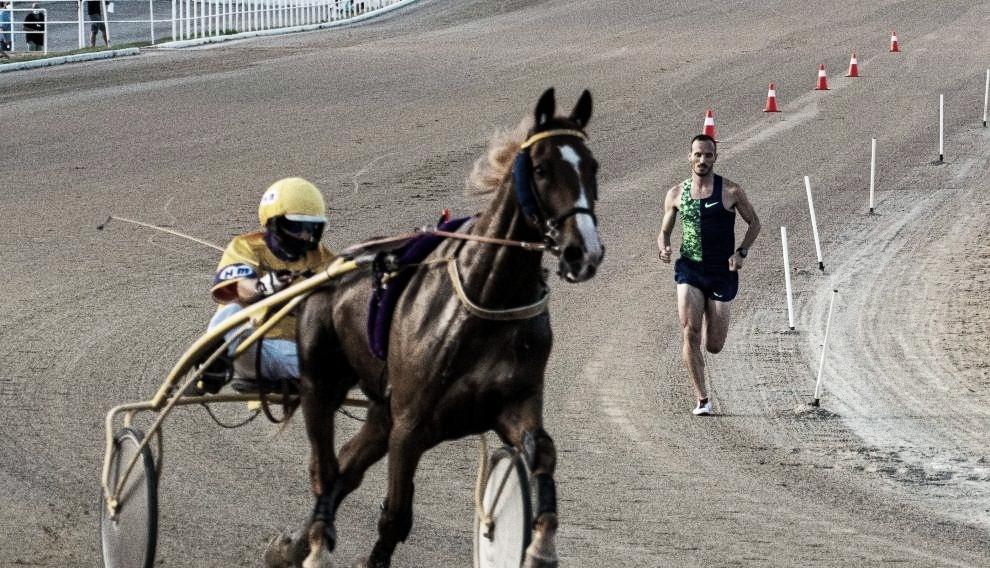 Variuso du Bouffey y Toni Abadía durante la carrera. / Foto: EFE.