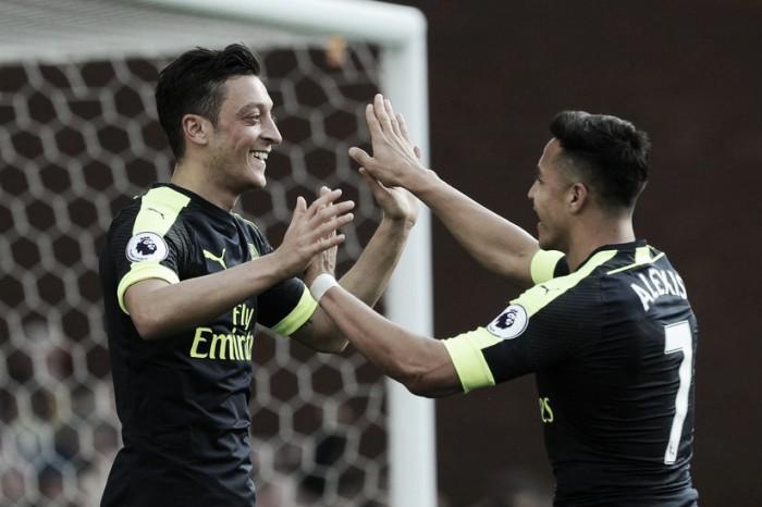 Premier League - Il tridente dell'Arsenal abbatte lo Stoke (1-4)