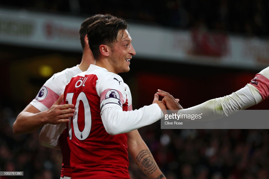 As it happened: Ozil masterclass inspires Arsenal to tenth consecutive win