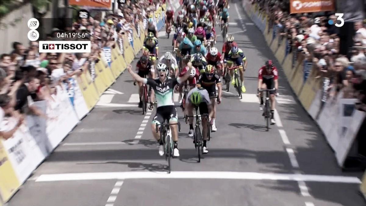 Giro del Delfinato, Ackermann in volata a Belleville. Impey in giallo