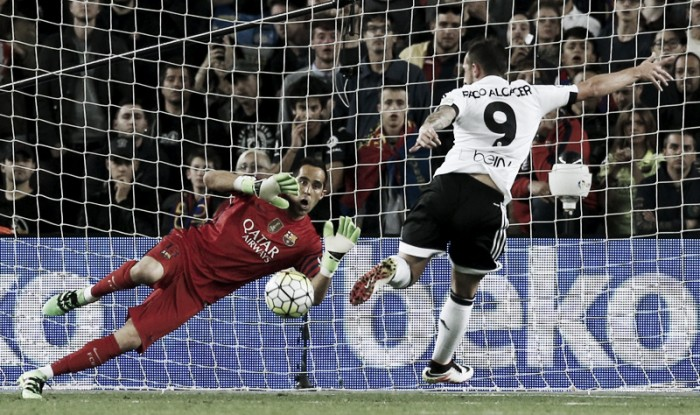 Barça, Cillessen per Claudio Bravo. Si avvicina Paco Alcacer