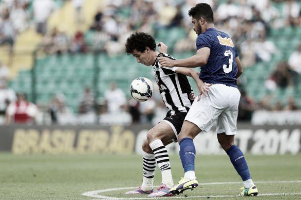 Cruzeiro empata com o Figueirense em Florianópolis e chega a dois jogos sem vencer
