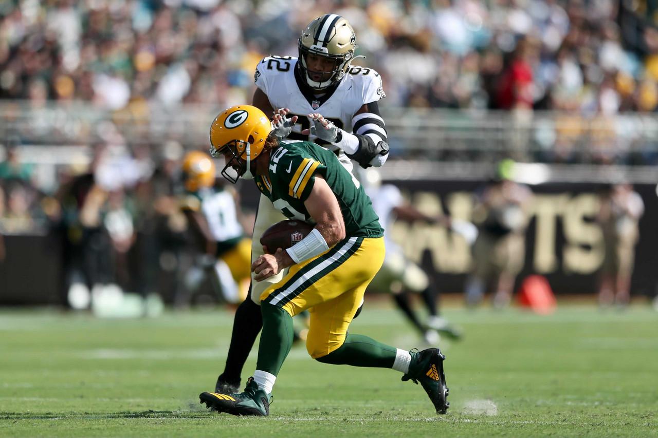 Los Saints borran del campo a Rodgers y los Packers