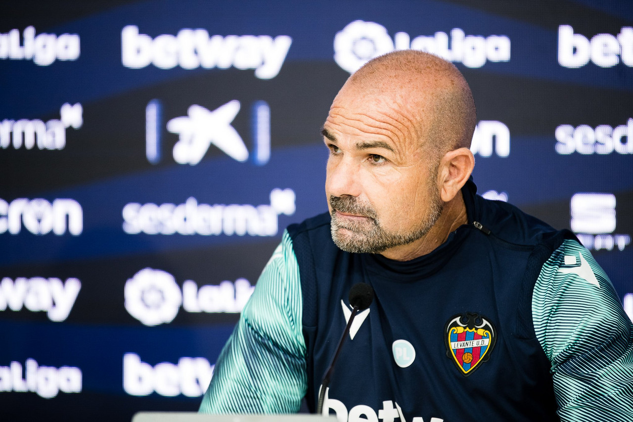 """Paco López: """"Jugar cada tres días no es nada fácil la recuperación"""""""