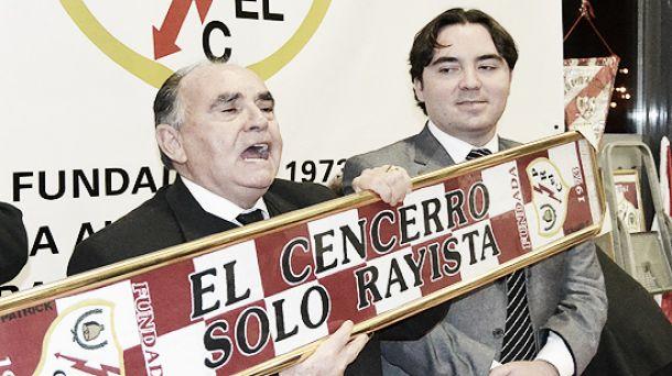 """Paco Peco y la Peña """"El Cencerro"""" son expulsados de la Federación de Peñas del Rayo Vallecano"""