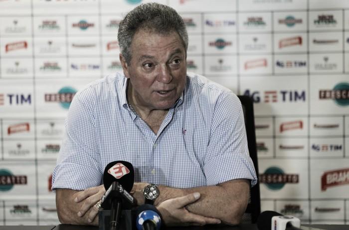 """Abel Braga afirma que postura foi planejada: """"Exatamente o que pensamos para o jogo"""""""