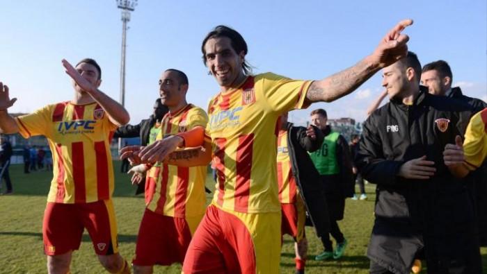 Tra Benevento e Pro Vercelli finisce 1-1: La Mantia e Buzzegoli i marcatori