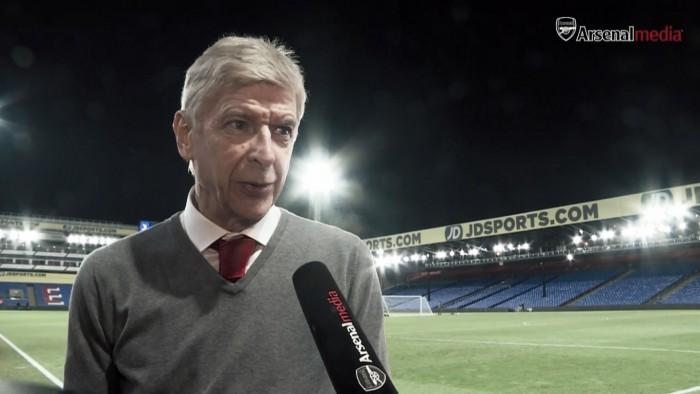 """Wenger: """"El corto plazo es ganar el próximo partido con los jugadores que estén comprometidos"""""""
