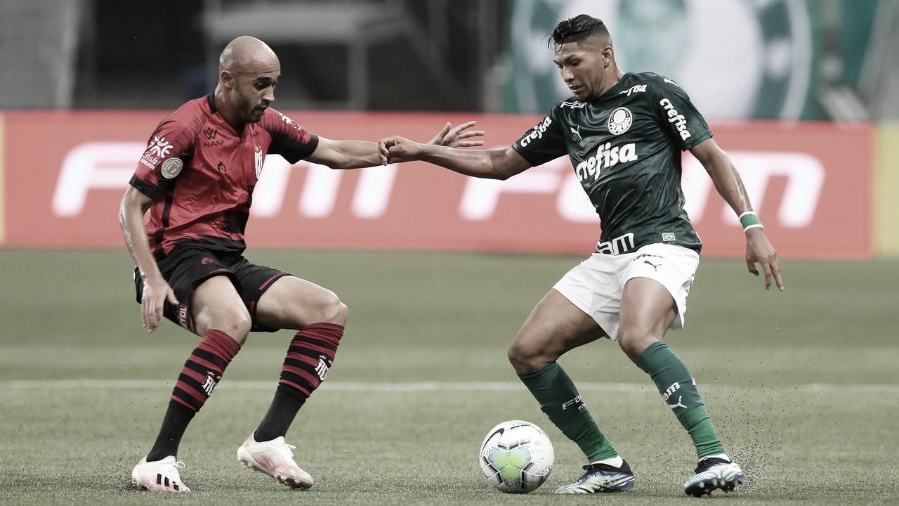 Em ritmo de treino e com golaços, Palmeiras e Atlético-GO empatam pelo Brasileirão
