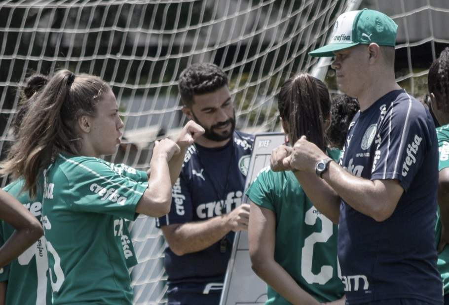 Atacante do Palmeiras, Stefany é a primeira atleta surda no Brasileirão Feminino