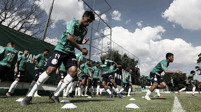 Após derrota no Derby, Palmeiras enfrenta Bragantino na busca pelos três pontos