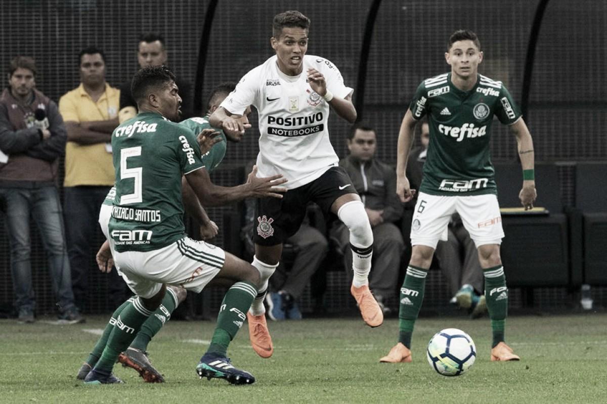 Em momentos diferentes, Palmeiras e Corinthians fazem primeiro Derby do ano