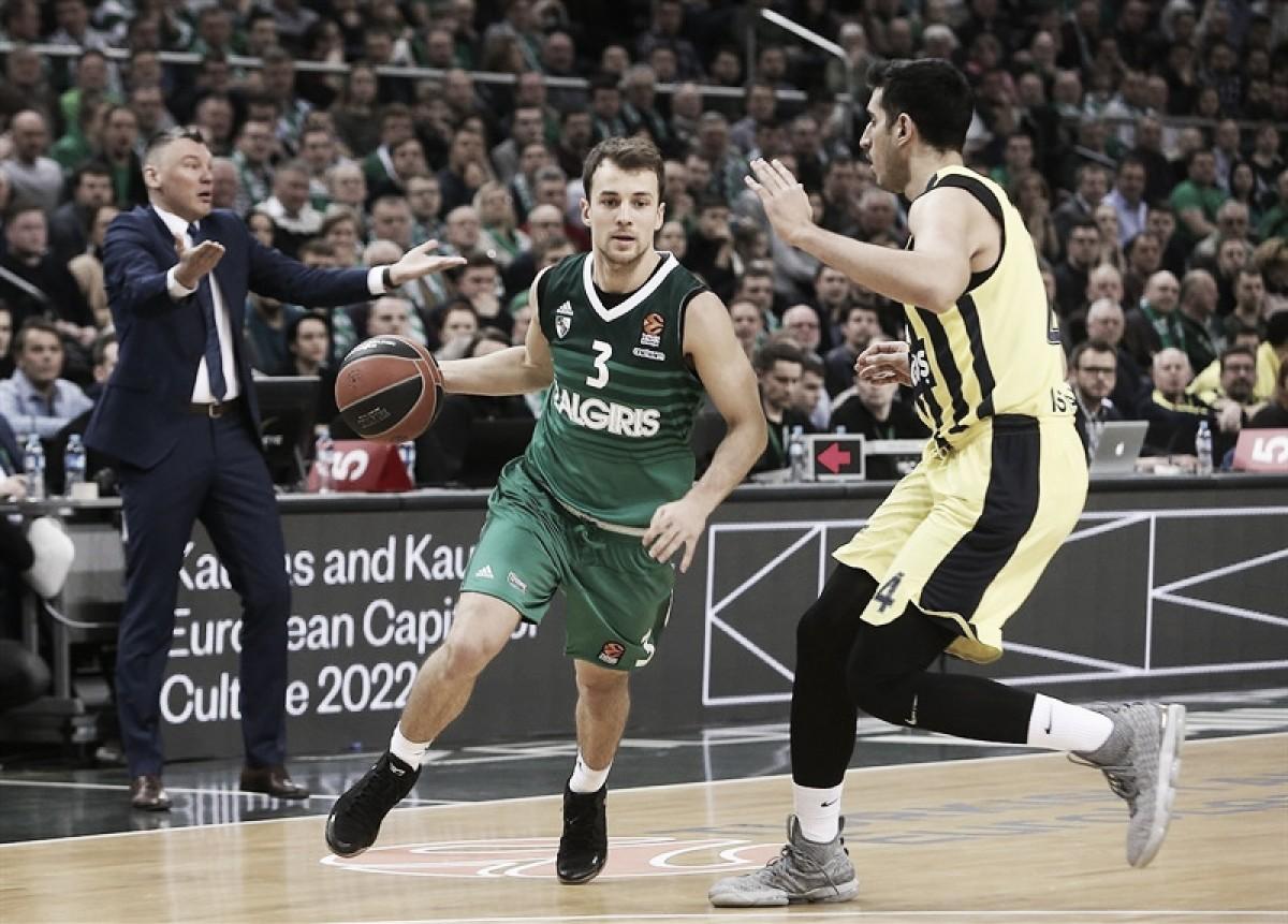 Resumen Fenerbahce Dogus Estambul 76-67 Zalguiris Kaunas en Final Four Euroliga 2018