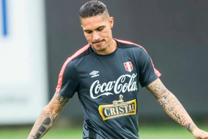 Fifa aumenta em dez dias suspensão de Guerrero por doping