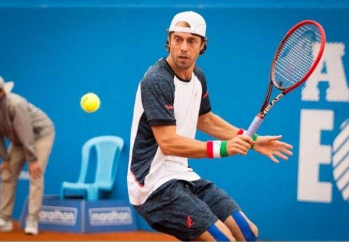 ATP Rio De Janeiro, Lorenzi si arrende a Delbonis