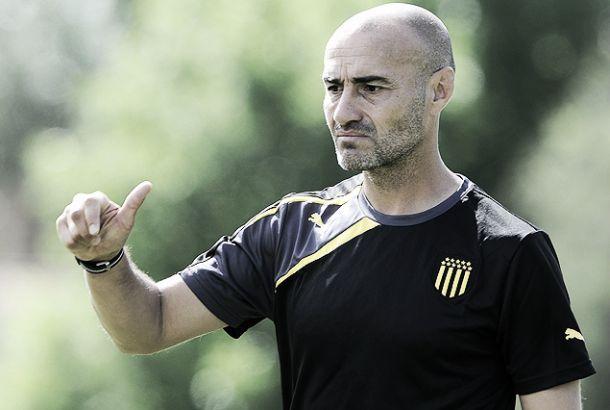 Nuevo entrenador, nueva táctica
