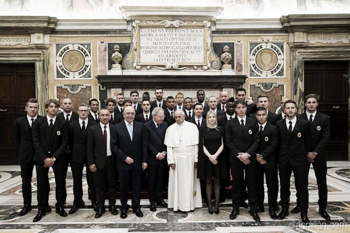 Papa recebe elencos de Juventus e Milan no dia antecedente à final da Copa Itália