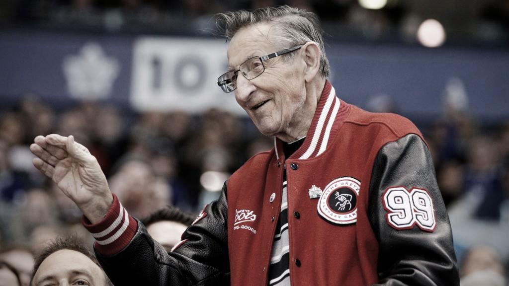 A los 82 años falleció Walter Gretzky, padre de Wayne