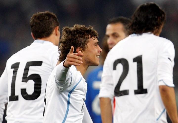 Uruguay aprovechó su gol tempranero