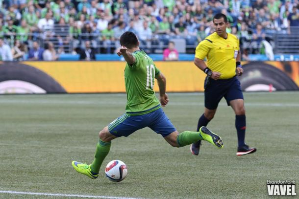 Seattle Sounders Hold On As Pappa's Curling Wonder Pushes Conference Leaders Past Colorado Rapids