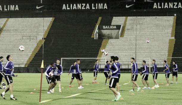 Selección Paraguaya entrenó en Matute pensando en Perú