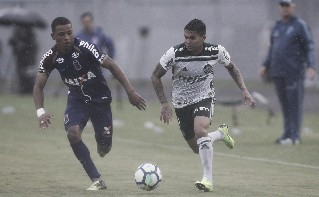 Debaixo de temporal, Paraná e Palmeiras empatam no Estádio do Café
