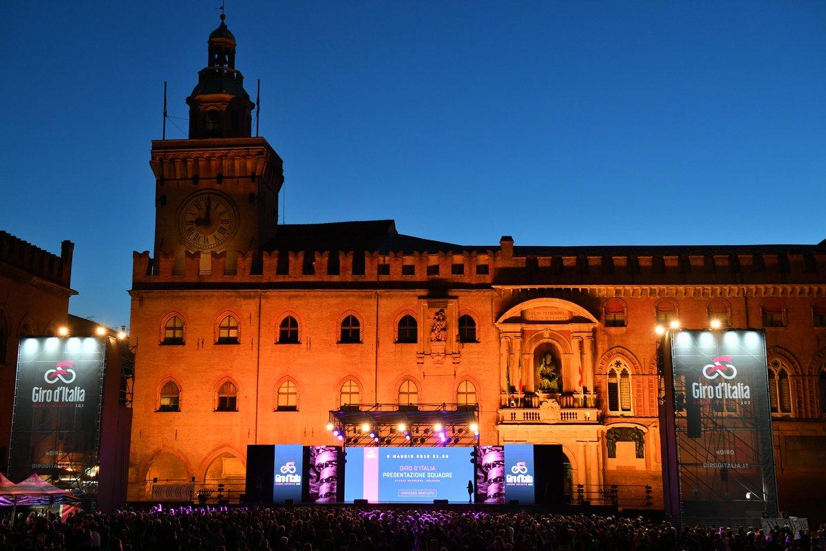 Presentazione Giro d'Italia 102: si parte oggi da Bologna