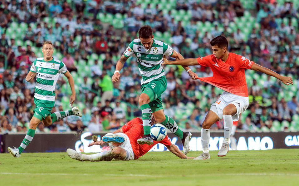 Mucho entusiasmo y poca calidad en el debut en la Copa Mx