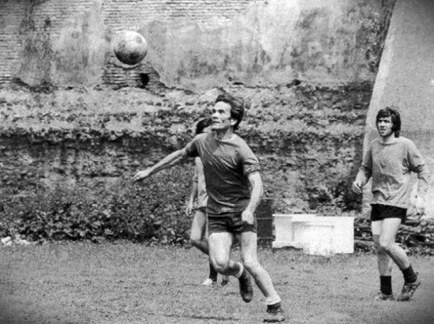 Il calcio secondo Pasolini, tra poesia e passione carnale