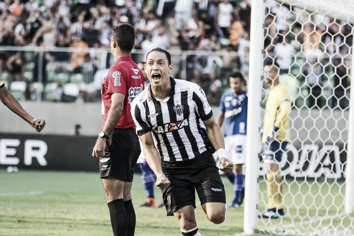Ricardo Oliveira marca duas vezes, e Atlético-MG sai em vantagem diante do Cruzeiro pelo Mineiro