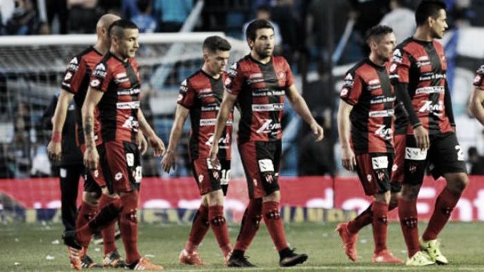 Con errores propios, Patronato perdió 3-0 ante Atlético Rafaela