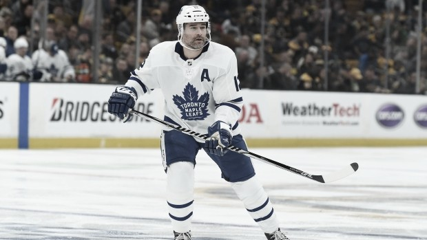 Toronto envía a Patrick Marleau a los Hurricanes