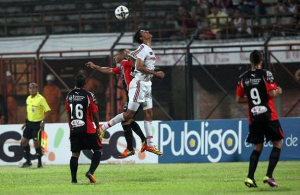 Patriotas golea con buen juego al Cúcuta Deportivo