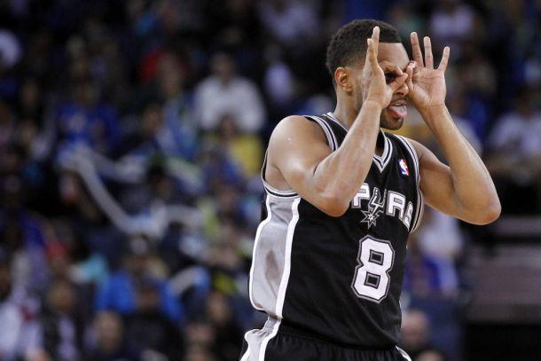 Mills regala una vittoria sofferta agli Spurs