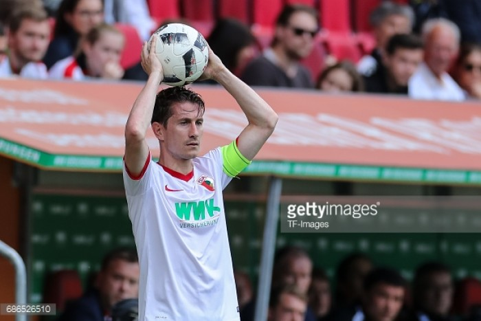 Wolfsburg complete the signing of Dutch full-back Paul Verhaegh
