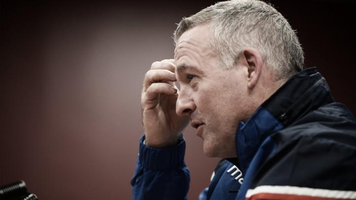 """Paul Lambert: """"Nos quedan quince finales para cambiar la situación"""""""
