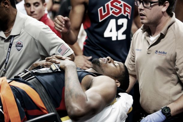 Paul George se fractura la pierna