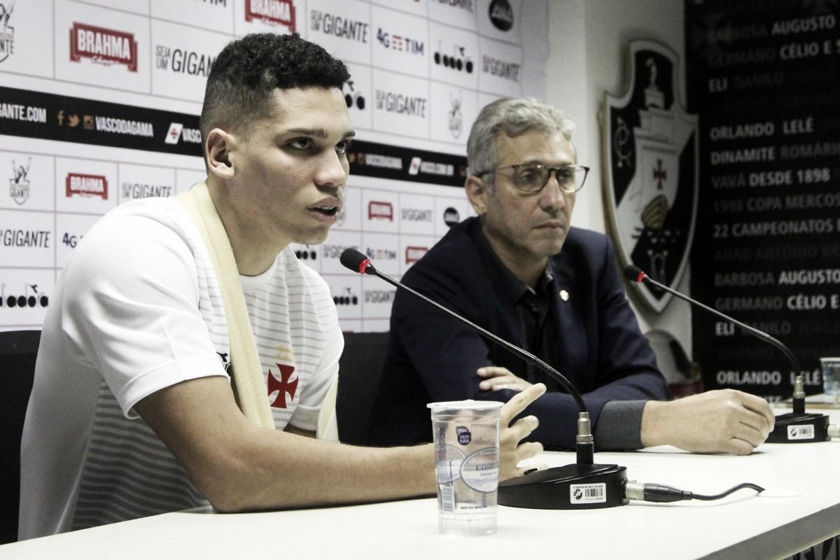 Vendido ao Bayer Leverkusen, Paulinho se despede do Vasco: ''Decisão foi minha''